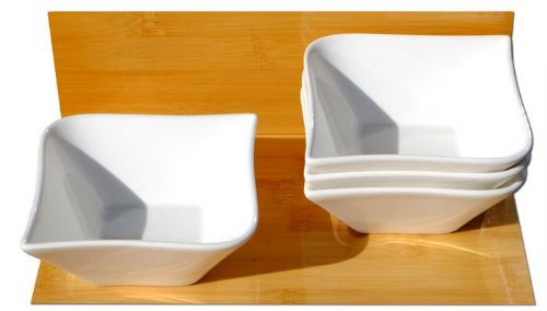 Contemporary serving bowls X 4 white L10cm x W10 x D5cm, and 14cm diagonally
